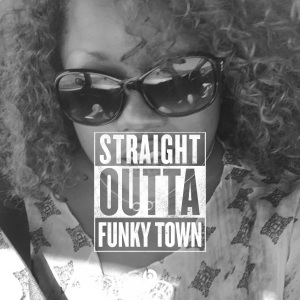 2015-funky-town-qui
