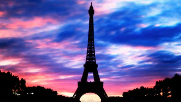 eifel-tower-paris-colored-sky