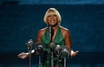 mary-j-blige-taking-the-stage